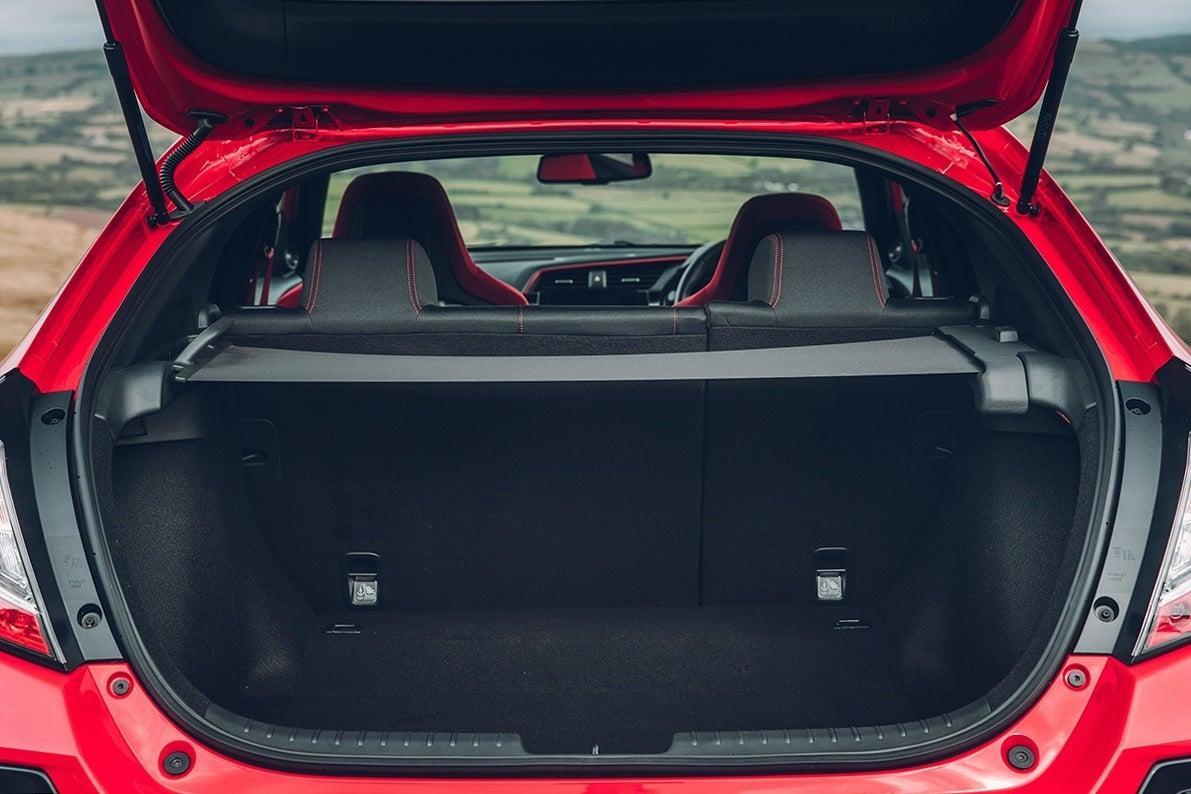 Honda Civic Type R 2017 boot open