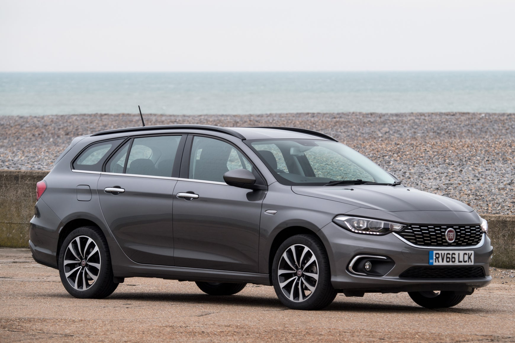 Fiat Tipo SW front