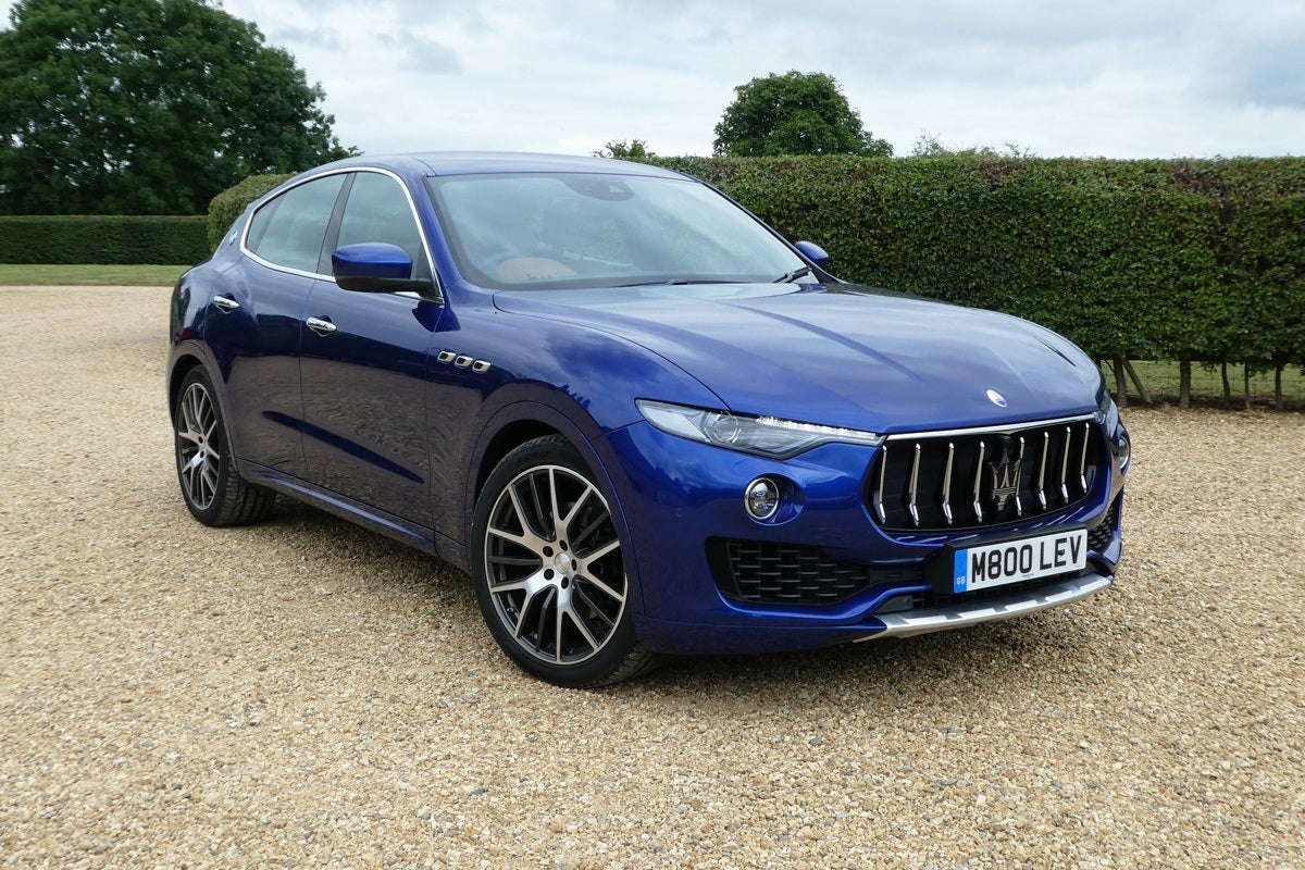 Maserati Levante frontright exterior