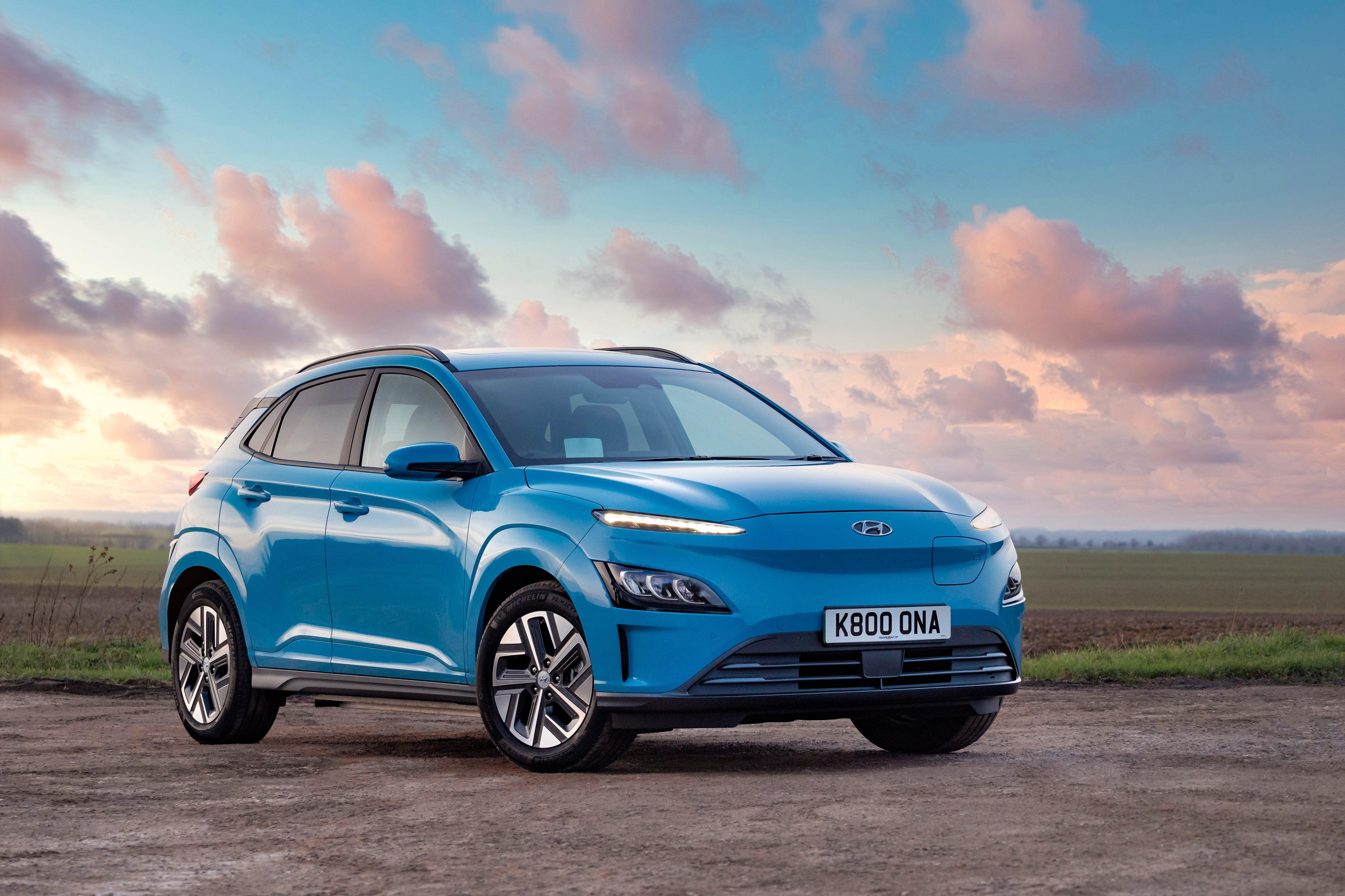 Hyundai Kona Electric Review 2021 front-three quarter