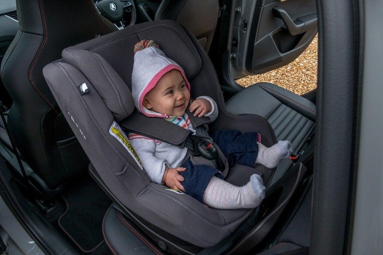 NUNA Rebl car seat