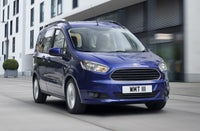 Ford Tourneo Courier Driving Front