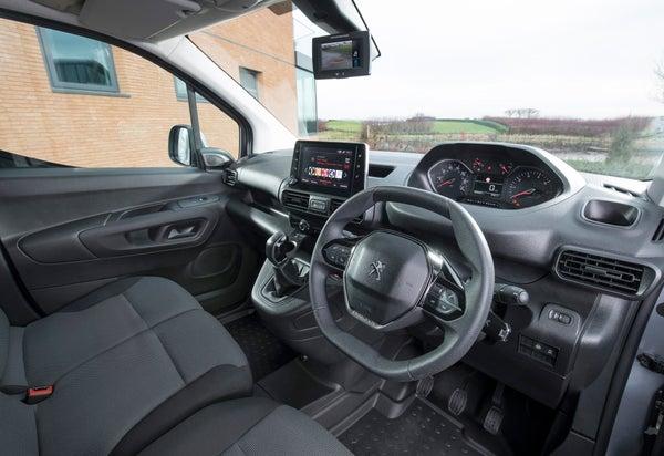 Peugeot Partner Front Interior