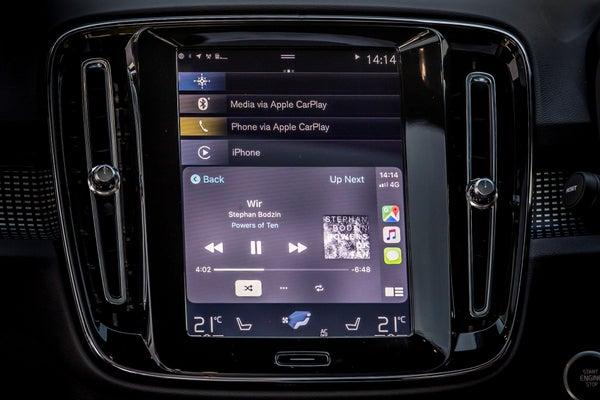Volvo XC40 Recharge Electric Infotainment