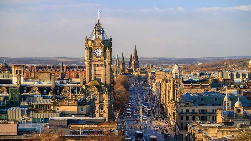 Scenic photograph of Edinburgh city centre