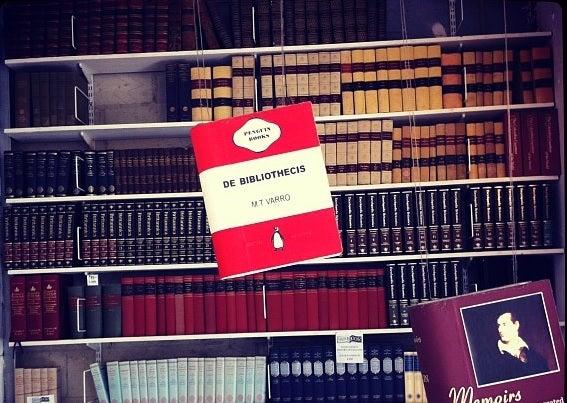 Bookshelves and De Bibliothecis by M. T. Varro
