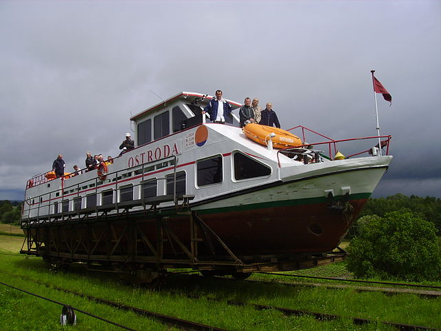 Boat travelling on the Elblag Canal