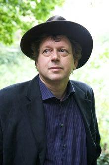 Peter F. Hamilton author photo