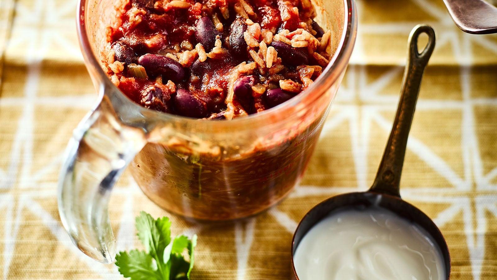Jack Monroe's microwave chilli chillaf in pyrex jug
