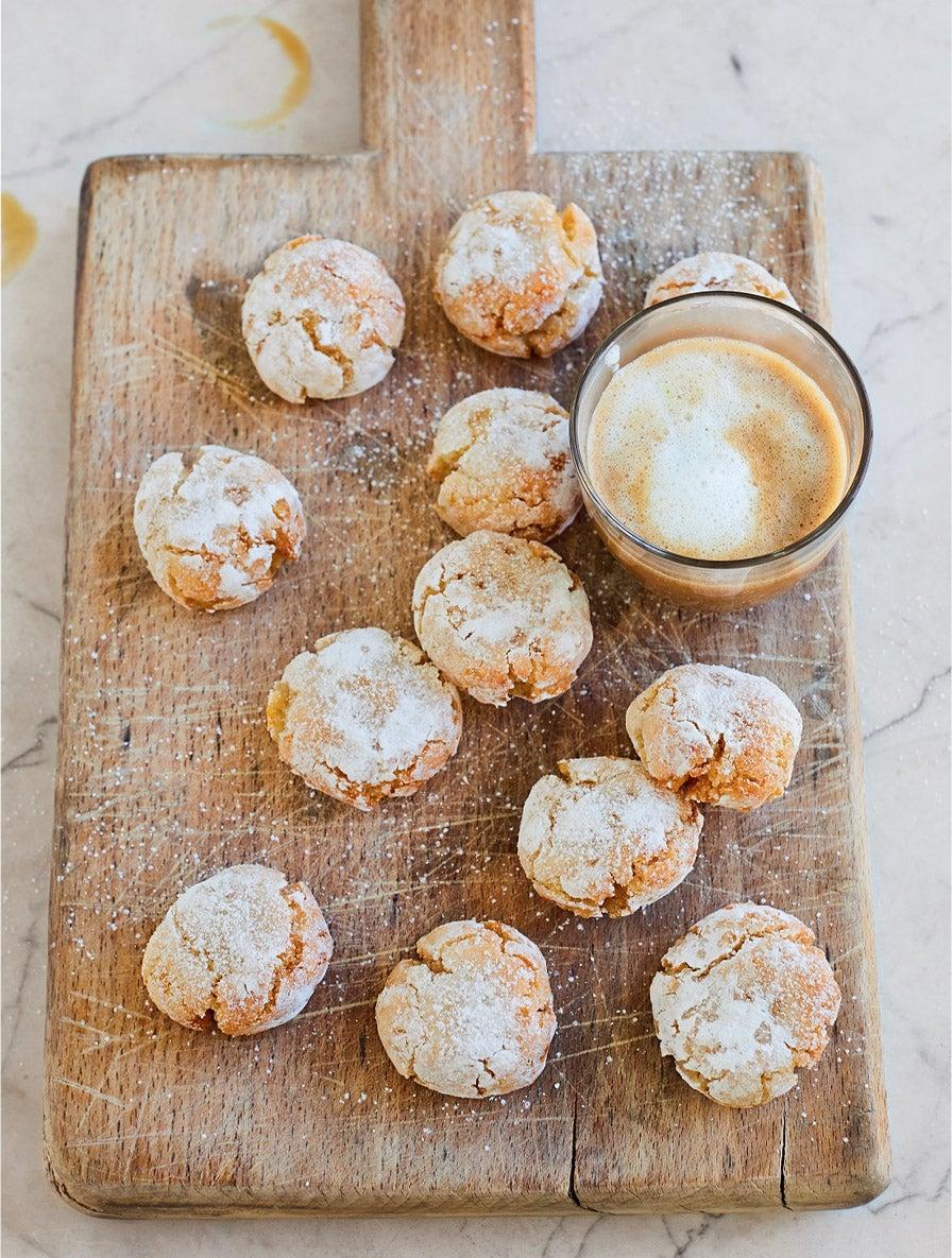 Ricciarelli with candied peel