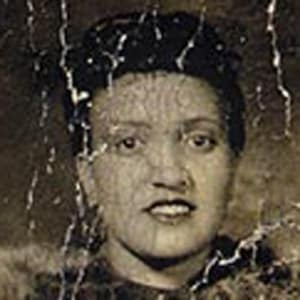 Black and white photograph of Henrietta Lacks smiling