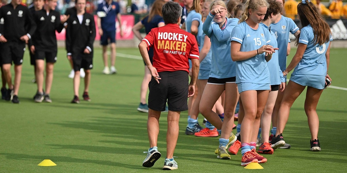 Hockey Maker helping players at Futures Cup