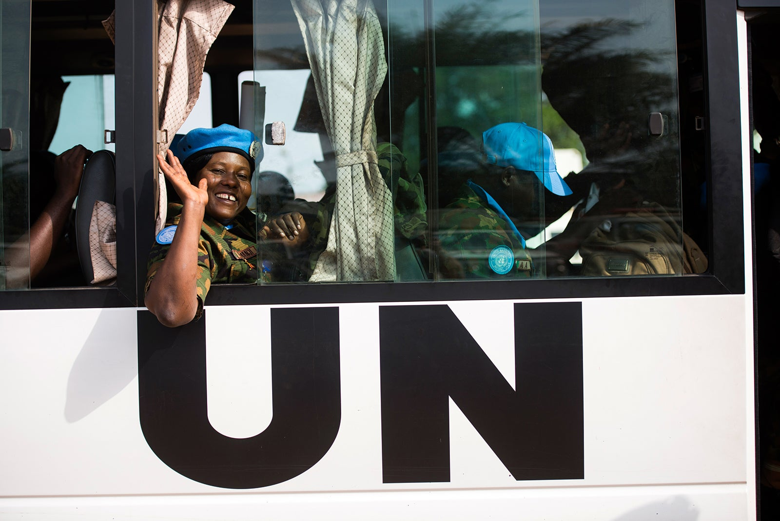A UN peacekeeper. Credit UN, Photo: Albert Gonzalez Farran.