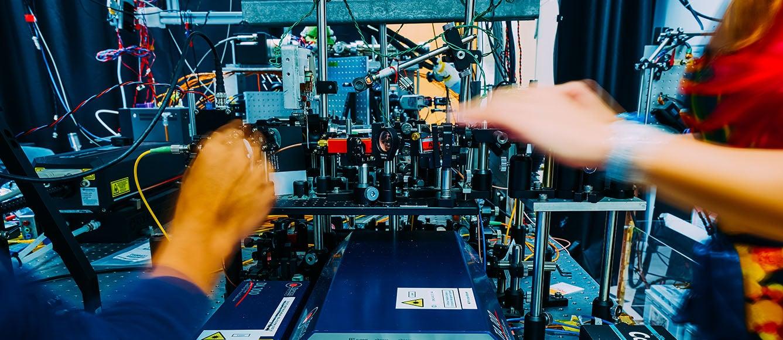 Developing a quantum computer