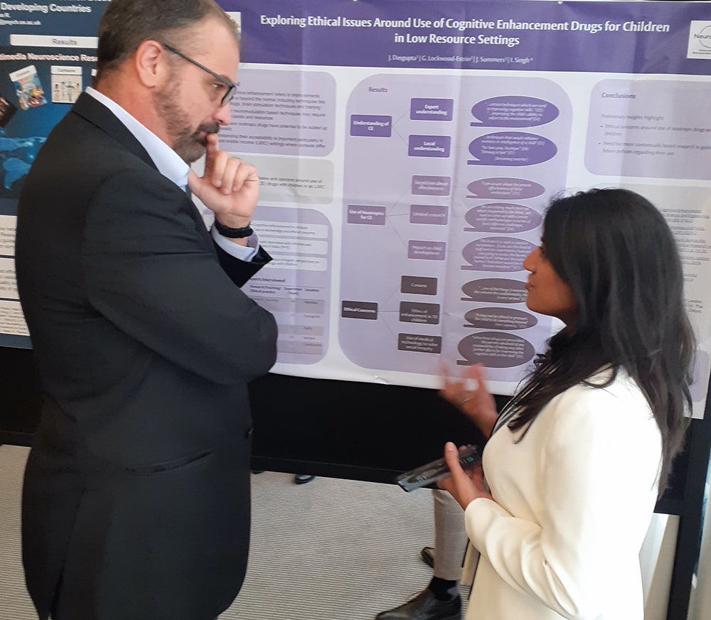 Dr Jayeshree Dasgupta presenting the project at the 2019 Annual Meeting of the International Neuroethics Society. Credit: Rosemary Musesengwa.