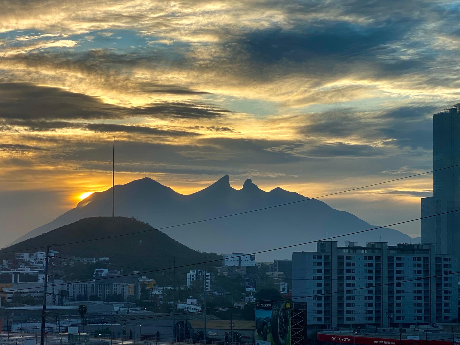 View at sunrise, Cerro de la silla, Monterrey, Nuevo Leon, Mexico. Photograph by Arturo Reyes-Sandoval.